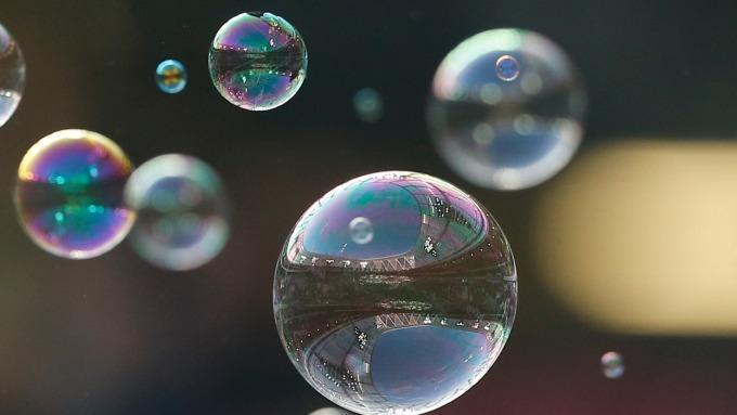 泡沫破滅?(圖:AFP)