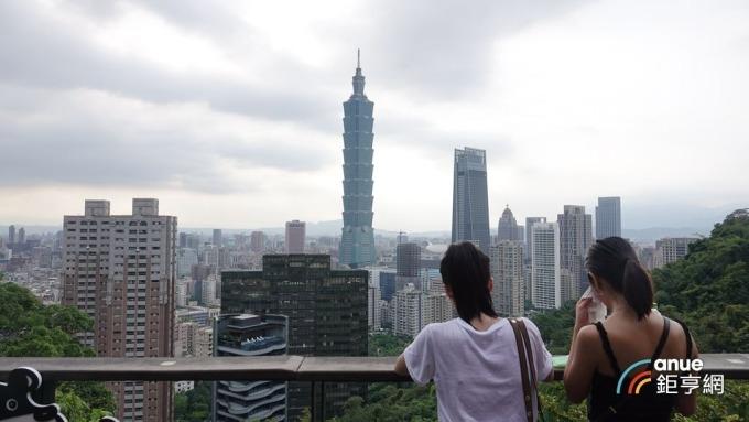 今年前三季的台北新家戶購屋比攀上2.13%。(鉅亨網記者張欽發攝)