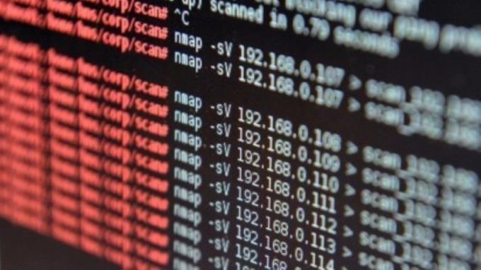 數位轉型資安意識抬頭 資安防護監管成企業優先要務。(圖:AFP)