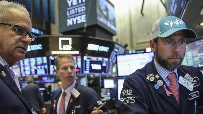 圖:AFP  美國股市週一大跌