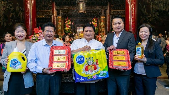 得意衛生紙與大甲鎮瀾宮跨界合作,推出臺灣首款印有Q版媽祖圖案的「好神衛生紙」。(圖:永豐餘提供)