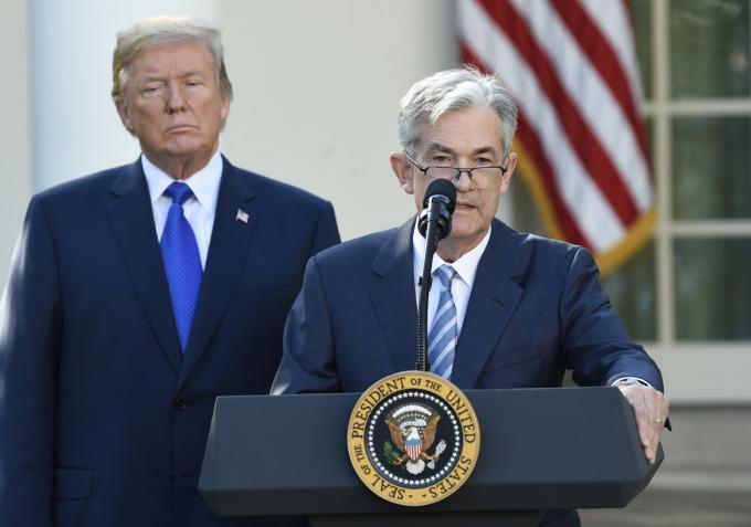 Fed主席鲍尔对川普而言简直就是芒刺在背      (图:AFP)