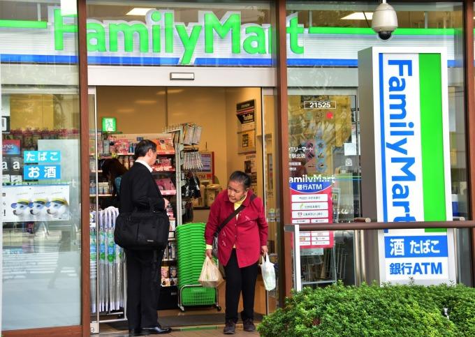 日本的全家便利商店 (圖片來源:AFP)