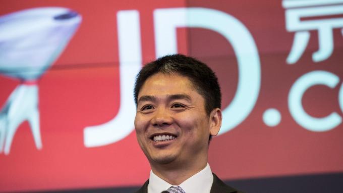 京東CEO劉強東涉嫌性侵女大生風波重創該公司股價。
