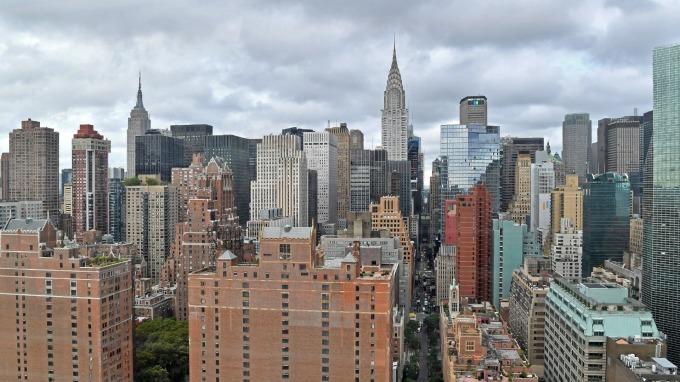 美國豪宅市場恐崩盤?(圖:AFP)