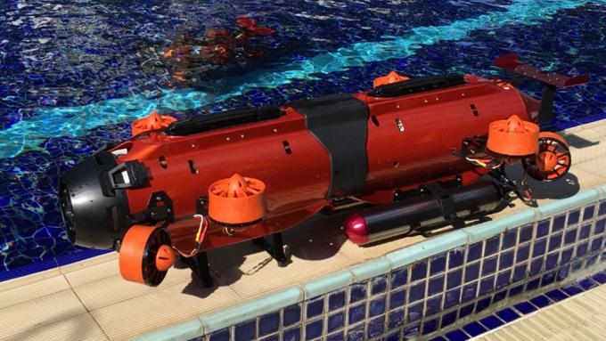 雷虎開發出全球首見八軸式的商業用水下無人載具Seadragon。(圖:雷虎提供)