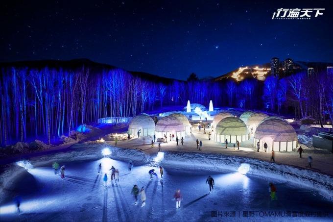 Ice Village是滑雪後最佳享樂去處,鑽進冰屋喝飲品,或者溜溜冰滑梯。