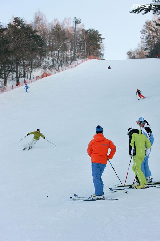 各方位設備齊全的滑雪場等你來體驗。