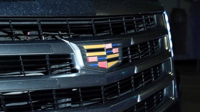 如何與特斯拉競逐?通用汽車考慮推出凱迪拉克電動車      (圖:AFP)