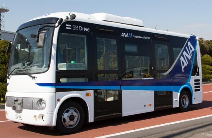 實驗使用的中型巴士 (圖:翻攝自 SB Drive 官網)