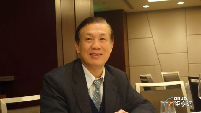 鄉林建設董事長賴正鎰。(鉅亨網記者張欽發攝)