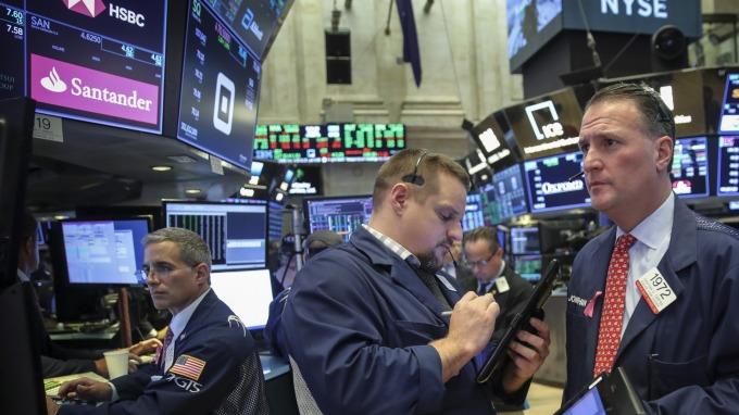 圖:AFP  美國指數期貨盤前下跌
