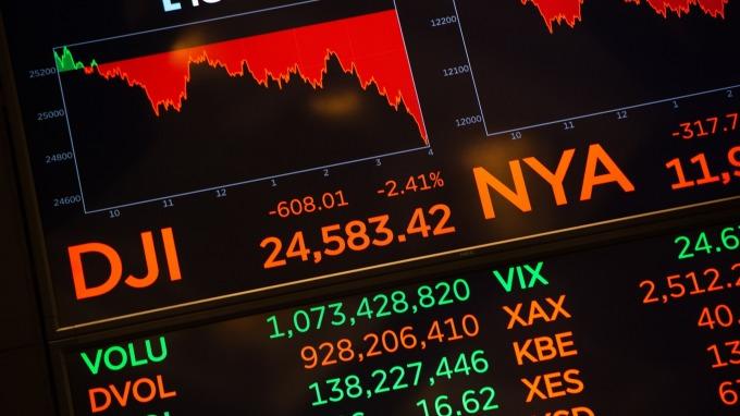 有經濟學家主張股市才是最好的經濟指標(圖:AFP)