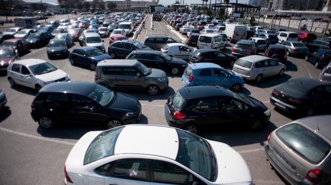 去年歐洲汽車銷量下滑。(圖:AFP)
