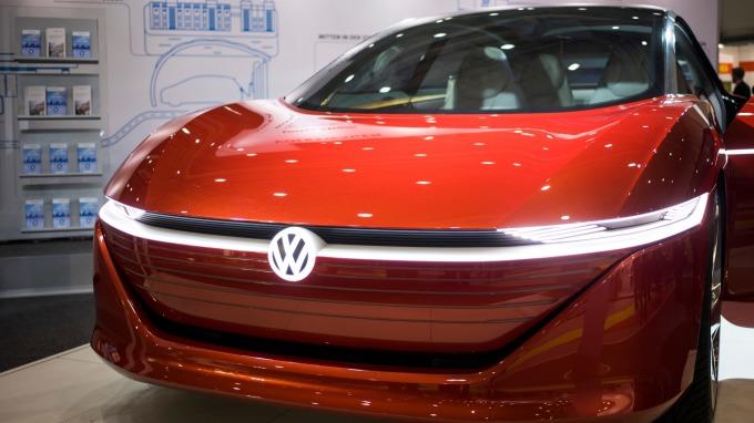 福斯「便宜」電動車的目標恐跳票(圖:AFP)