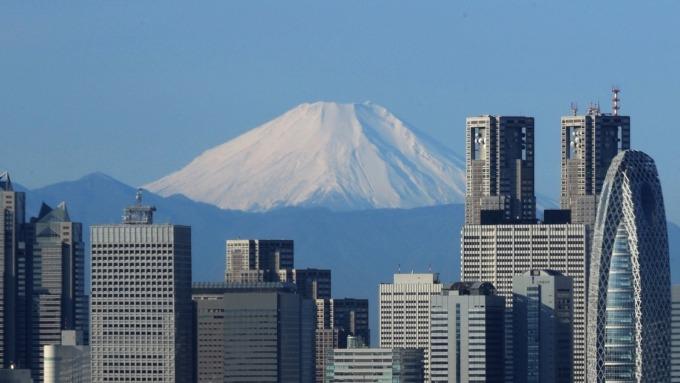 日本百貨業,國外觀光客消費比重日增。(圖:AFP)