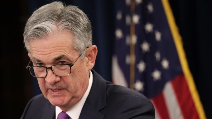 上任來第一次 Fed:鮑爾與川普在白宮「非正式晚宴」討論經濟。(圖:AFP)