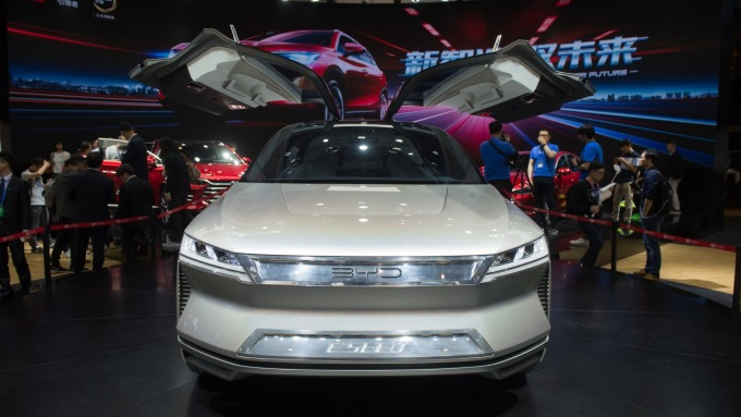 比亞迪新能源車銷量佳。(圖:AFP)