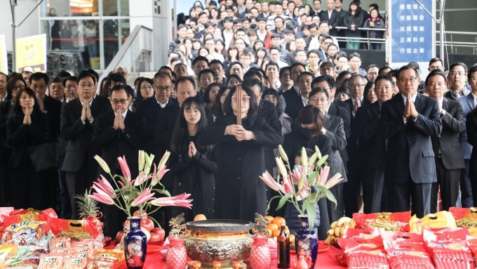 裕隆集團開工團拜,嚴陳莉蓮帶同仁做公益添福氣。(圖:裕隆提供)