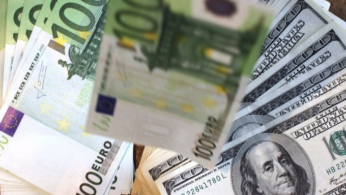 瑞銀認為,當歐元兌美元價格來到1.13元實可視為買入時點。(圖:AFP)
