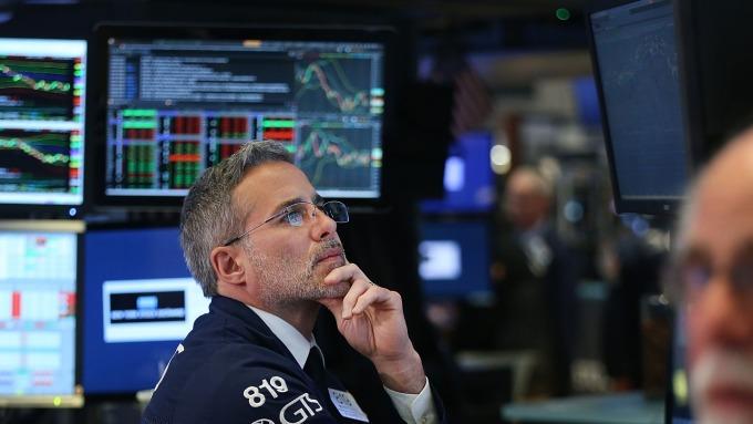 圖:AFP  美國股市週四中場下跌