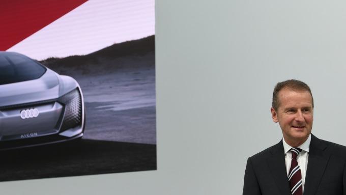 Volkswagen執行長 Herbert Diess(圖:AFP)
