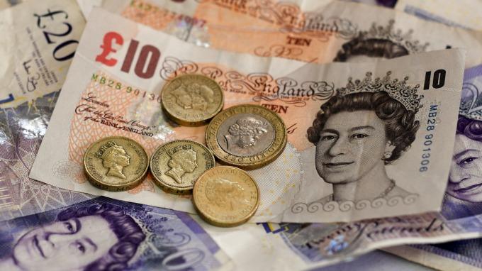 英國脫歐進入倒數計時 英鎊走勢暗示軟脫歐機率大。(圖:AFP)