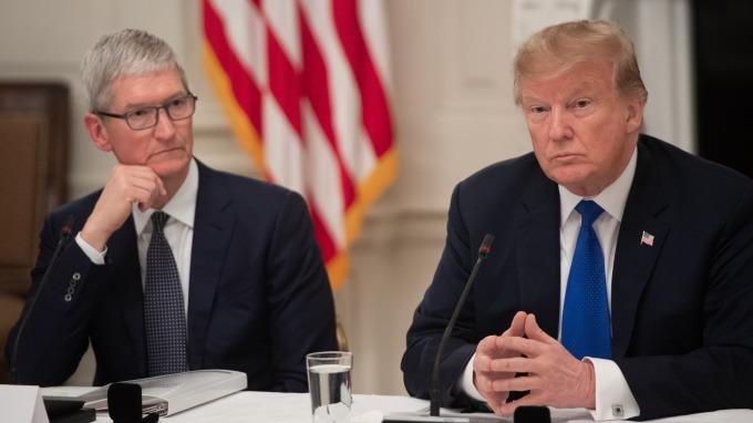 川普表示日企將在美國建7座工廠,並希望日方擴大在美投資 (圖:AFP)