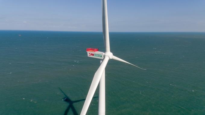 上緯於竹南架設的海洋風電第一階段已於去年 4 月正式商轉。(圖:上緯提供)