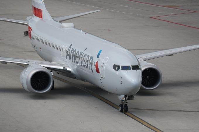 美國跟進各國停飛波音 737 MAX 8。(圖:AFP)