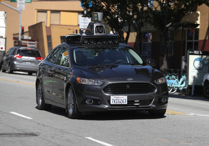 Uber 的自駕車 (圖:AFP)