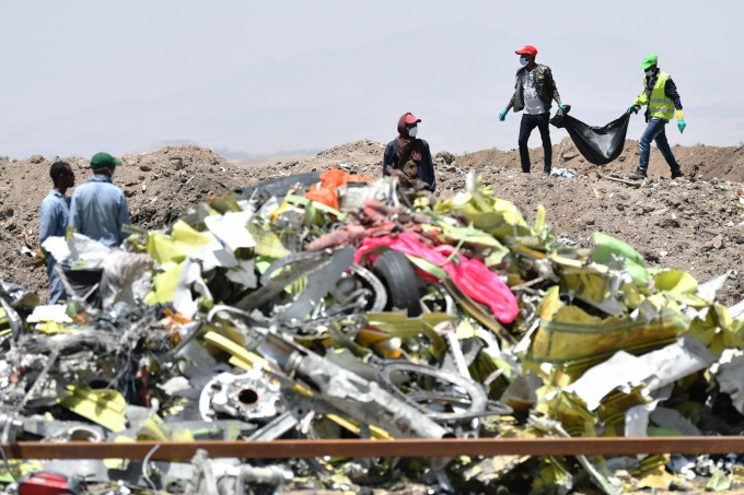 衣索比亞航空 1 架波音 737 MAX 客機於 10 日墜毀,造成全機 157 人罹難 (圖:AFP)