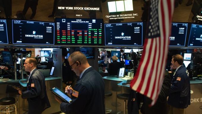 圖:AFP  美國股市中場上漲