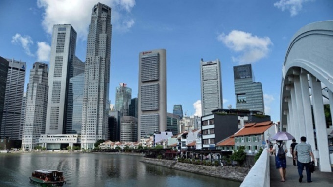 新加坡連續第六年成為全球生活最貴的城市。(圖:AFP)