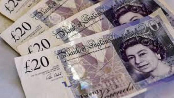 英鎊拖歐歹戲拖棚,進而拖累英鎊匯價。(圖:AFP)