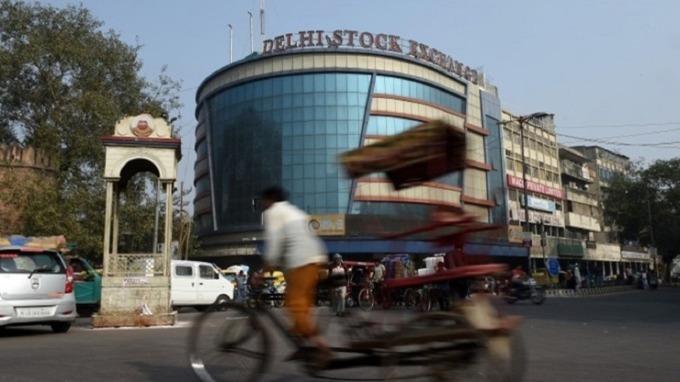 外資近一個月來大舉流向印度股市。(圖:AFP)