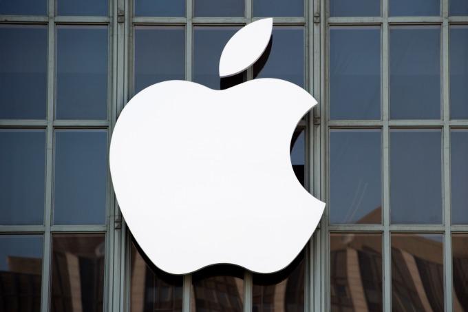 華爾街投行 Needham 將蘋果為升評為「強烈買入 (strong buy)」。(圖:AFP)