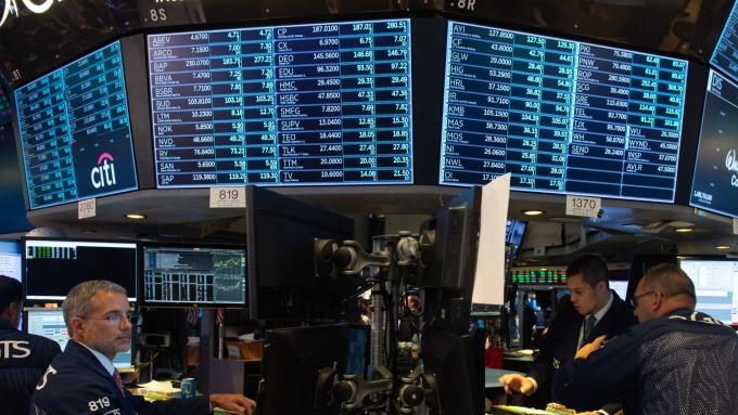 圖:AFP  鈀金價格大跌 恐是S&P 500的警訊