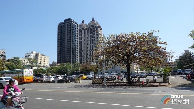 高雄市3月買賣移轉數為3808棟居六都第二,並創下39個月來新高。(鉅亨網記者張欽發攝)