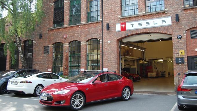 史上首見!挪威電動車銷售首度超越傳統動力汽車。(圖:AFP)