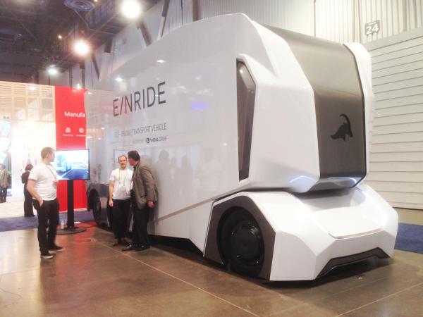 瑞典 E/NRIDE 推出電動伐木卡車 T-Log,將駕駛座取消、車體裝備與內裝重新設計,以應用大型貨物的運送。(謝騄璘提供)