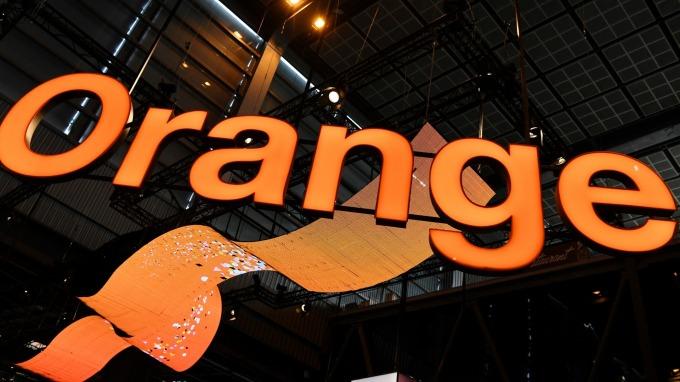 法國電信巨頭Orange推區塊鏈解決方案,以對抗假新聞。(圖:AFP)