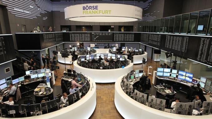 週一歐股盤前,指數期貨漲跌互見。(圖:AFP)
