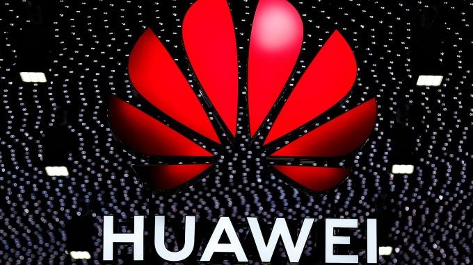 據傳華為可能成為蘋果5G晶片供應商。(圖:AFP)