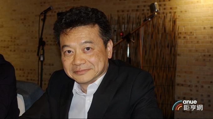 騰輝電子-KY執行長鍾健仁。(鉅亨網記者張欽發攝)