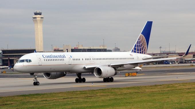 聯航獲利超標 營收低於預期 受737 Max停飛拖累。(圖:AFP)