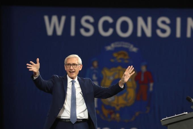 威斯康辛州州長 Tony Evers 今年 1 月上任。(圖:AFP)