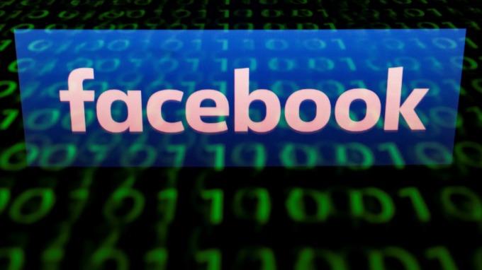 它的網安是個無底洞 臉書承認未經許可「非刻意上傳」150萬用戶電郵聯絡名單。(圖:AFP)