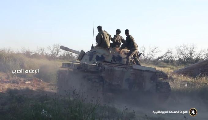 利比亞戰事是否影響原油產出,讓人擔憂。(圖:AFP)