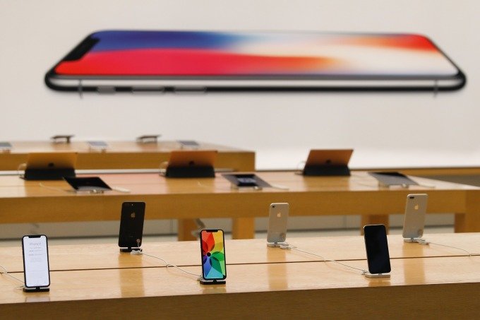 2018Q4 iPhone 銷售額大減 15% (圖: AFP)